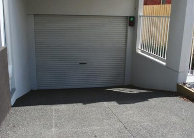 Car park one way driveway control systems